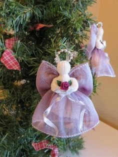 Includes 2 Victorian Handmade Ribbon Angels These angels are intricate,delicate and add a sense of warmth to any Christmas tree or home decor. Christmas Angel Ornaments, Christmas Love, Handmade Christmas, Christmas Crafts, Christmas Decorations, Ribbon Crafts, Diy Crafts, Paper Angel, Angel Crafts
