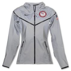 Nike USA Olympic Team Women's Windrunner Jacket *looks cozy Nike Outfits, Warm Outfits, Sport Outfits, Cool Outfits, Team Jackets, Cute Jackets, Usa Olympic Jacket, Team Usa Basketball, Windrunner Jacket