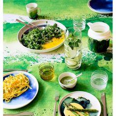 Sääpäiväkirja tableware by Marimekko.