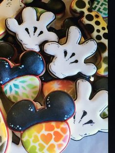 Sugar dayne Disney Cookies, Sugar, Lettering, Number, Desserts, Tailgate Desserts, Deserts, Drawing Letters, Postres