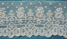 70ins antique/vintage Mechlin lace edging 19th C - Pat Earnshaw collection