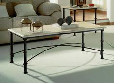 Mesa centro mod. Munda fabricado en forja con tapa de madera tambien en cristal (opcional), el color se puede cambiara a gusto del cliente