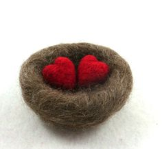 Love Nest Needle Felted Natural Brown Wool with Red Hearts Wedding Decor or Romantic Gift from idreamingreen on Etsy. Needle Felted Animals, Felt Animals, Valentine Crafts, Valentines, Hedgehog Craft, Felted Wool Crafts, Needle Felting Tutorials, Fabric Journals, Felt Hearts