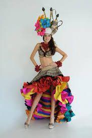 Resultado de imagen para trajes tipicos colombianos Spanish Dancer, Carmen Miranda, Samba, Creative Design, Carnival, Costumes, Outfits, Fantasy, Ideas