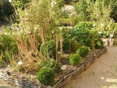 středověká bylinková zahrada