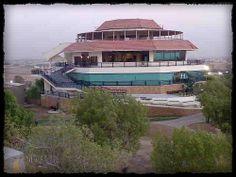 Galaxy Restaurant, Karachi. (www.paktive.com/Galaxy-Restaurant_534NB01.html)