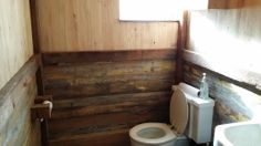 Decorate your entire #bathroom in #reclaimedlumber #breathtaking