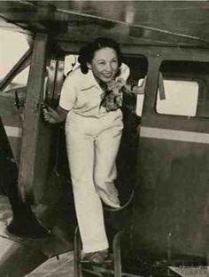 First Chinese flight attendants 1947
