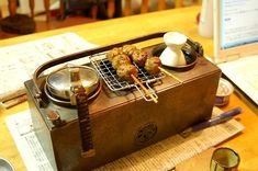 """Japanese-culture gem that came out from home """"Soryu"""" Unit 2 cans of Kyoto copper pot Tea Japan, Stoves Cookers, Copper Pots, Camping Stove, Camping And Hiking, Tea Accessories, Food Design, Household Items, Barbecue"""