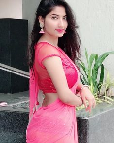 Hot girls in saree Beautiful Girl Body, Beautiful Girl Image, Beautiful Saree, Beautiful Asian Girls, Cute Beauty, Beauty Full Girl, Beautiful Bollywood Actress, Beautiful Indian Actress, Baby Boy Dress