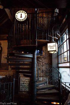 The Cat & Mutton Pub & Pearl's Cocktail Bar by Dot Dash, via Behance