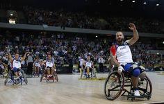 Οι καλύτερες ασκήσεις για άτομα με παραπληγία σε αναπηρικό αμαξίδιο