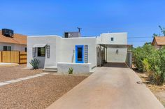 Pretty contrasting colors for curb appeal...Phoenix Architecture!