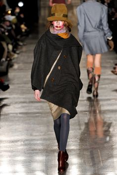 Vivienne Westwood Red Label Fall 2011 Ready-to-Wear - Collection - Gallery - Look 1 - Style.com