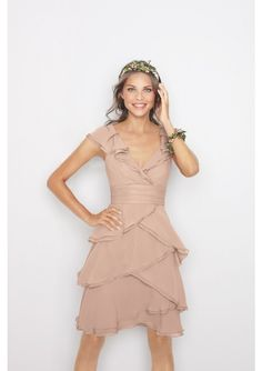 Knee length V-neck Chiffon Summer Bridesmaid Dress. Special unique champagne chiffon dress,designed with V-neckline ,knee length ,a line skirt .multiple layers fallback decoration.For bridesmaids and wedding guests.