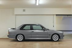 Looking for the BMW of your dreams? There are currently 37 BMW cars as well as thousands of other iconic classic and collectors cars for sale on Classic Driver. Bmw M3 For Sale, Bmw 325, Bmw E30 M3, Bavarian Motor Works, Collector Cars For Sale, Bmw Classic, Sports Sedan, Sweet Cars, Bmw 3 Series