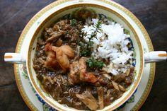 New Orleans, Stati Uniti. Altro cardine della gastronomia locale è il gumbo, zuppa amata da creoli e cajun. http://www.oggiviaggi.it/20141/alla-scoperta-della-cucina-di-new-orleans/