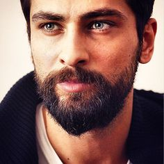Turkish Men, Turkish Beauty, Turkish Actors, Handsome Bearded Men, Hairy Men, Middle Eastern Men, Angel Warrior, Pretty Boys, Gorgeous Men