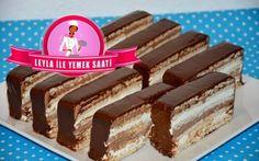 Bisküvili Mousse Pasta Tarifi Hayırlı Akşamlar Dostlar Bu Akşam sizlere harika bir Pasta Tarifim var.Hem çok kolay hemde acayip lezzetli bir Pasta oldu.Emin olunki sizlerde yapınca çok ama çok beğeniceksiniz :)) Lütfen ama lütfen Videolu Tariflerimizin devamının gelmesi için YOUTUBE KANALIMIZA ABONE Olmayı unutmayalım Malzemeler : 2 Yemek kaşığı nutella 2 paket mascarpone …