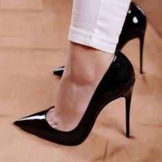 High Heel Boots, High Heel Pumps, Pumps Heels, Heeled Boots, Heeled Sandals, Sandals Outfit, Heels Outfits, Louboutin Pumps, Pink High Heels