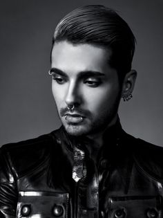 Bill Kaulitz KINGS OF SUBURBIA Check out my Youtube Channel where I talk about #TokioHotel stuff, especially #BillKaulitz: https://www.youtube.com/channel/UCsOMGwdYPuYUFIwHDi0wDsQ