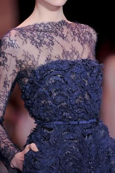 Elie Saab at Couture Fall 2013 - Details Runway Photos Couture Details, Fashion Details, Fashion Design, Couture Fashion, Runway Fashion, Elie Saab Couture, Elie Saab Fall, Blue Fashion, Dress Fashion