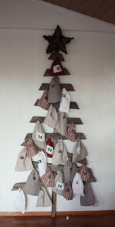 cute idea for our advent this year. Christmas Calendar, Noel Christmas, Homemade Christmas, Winter Christmas, Christmas Crafts, Christmas Decorations, Xmas, Advent Calenders, Diy Advent Calendar