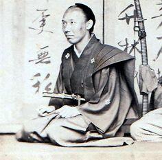 1865~1866服部常純と同時期に、長崎奉行を務めた能勢大隅守頼之ではないか。