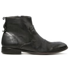 Kansai is a lovingly crafted zip up boot. Finished in a premium leather with a subtle pebbled effect. A few details have been added to the upper, whist a leather tab adorns the back. Kansai is finished on a leather sole with a clever rubber insert for improved grip.