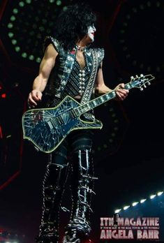 Kiss Online, Paul Stanley, Kiss Band, Hot Band, Gene Simmons, Star Children, 4 Life, Demons, Celebrity Crush