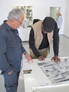 Vusi Khumalo signing his ghost print Collograph with David Krut at the David Krut Gallery, Parkwood, Johannesburg David, Gallery, Artist, Roof Rack, Artists