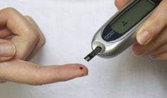 Diabetes does not cause varicose veins. However, studies show that diabetes and vein disease together can have a significant impact on your health. Home Remedies For Diabetes, Cure Diabetes Naturally, Apple Health Benefits, Apple Cider Benefits, Diabetes Medicine, Reduce Blood Sugar, Blood Sugar Levels, Diabetes Mellitus, Type 1 Diabetes