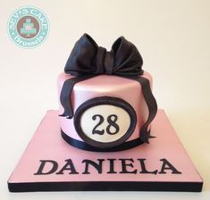BIRTHDAY CAKE PINK PEARL FINISH WITH BLACK BOW - GATEAU D'ANNIVERSAIRE ROSE AVEC NOEUD NOIR FINITION SATINE SEV'S CAKE BRUSSELS