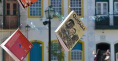 Definida a data da próxima Flip - Festa Literária Internacional de Paraty. O evento volta a coincidir com as férias escolares e em 2015 acontecerá entre os dias 1º e 5 de julho. #Flip #Flip2015 #Flipinha #FlipZona #literatura #cultura #evento #festa #turismo #Paraty #PousadaDoCareca