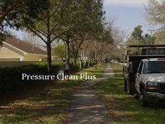 Pressure Washing Tampa Palms