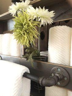 Knotty Pallet Industrial Pallet Towel Rack Pallet Shelves & Pallet Coat Hangers