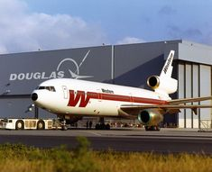 western airlines dc-10 at douglas factory