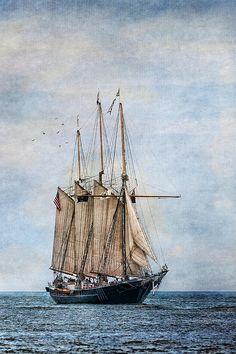 Tall Ship Denis Sullivan