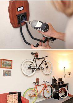 Ideias para guardar a bike dentro do apartamento sem gastar nada (ou muito pouco)   Na Casa da Cecília