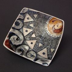 On #throwbackthursday I find myself thinking of the largest piece I have ever made. Bioluminescence was a wall piece comprised of 42 of these luncheon plates depicting abstracted deep sea creatures. It might be time to start thinking *Big* again. . . #throwback #makersgonnamake #art #pottery #ceramics #design #contemporaryceramics #ceramicreview #instapottery #makearteveryday #dawnatkin