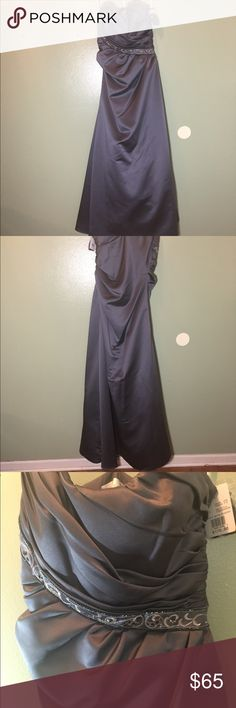 Satin strapless formal gown size 8 NWT David's bridal satin strapless formal gown. Has side zipper and adjustable top. David's Bridal Dresses Prom