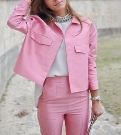 paris 2013 pink suit Yoga Fashion, Pink Fashion, Colorful Fashion, Fashion Photo, Fashion Spring, Paris Fashion, Fashion Fashion, Blazer Fashion, Fashion Outfits