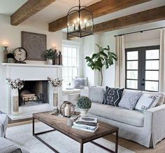 31 Awesome Modern Farmhouse Living Room Decor Ideas And Makeover. If you are looking for Modern Farmhouse Living Room Decor Ideas And Makeover, You come to the right place. Below are the Modern Farmh. Modern Farmhouse Living Room Decor, French Country Living Room, Farmhouse Decor, Farmhouse Ideas, Country Decor, Country Farmhouse, Country Style, Farmhouse Design, French Farmhouse