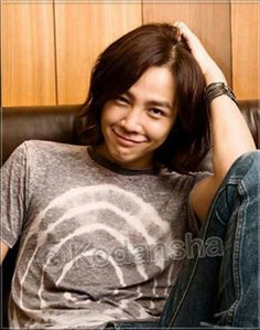 Jang Keun Suk // love this kid's smile, 16 hours of watching him glare for 5 min of smirking...totally worth it ( k drama You're Beautiful)