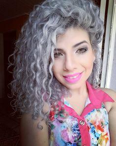 #boanoite #natal #feliznatal #thanksgod #smile #happy #god #jesus #cachos #cacheada #grannyhair #greyhair #make by priigiuliana