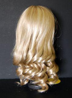 Monique Doll Wig Roxanne Size 11-12 Medium by LilysVintageBarbies