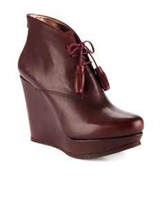 Lace up wedge boot