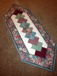 quilted table runners | Floral Quilted Table Runner by CreeksCrafts on Etsy