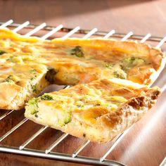 ALDI België - Recept - Quiche met gerookte zalm, broccoli en verse kaas
