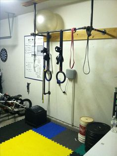 Homemade Pullup Bar with used Sprinkler pipe....before Squat rack setup